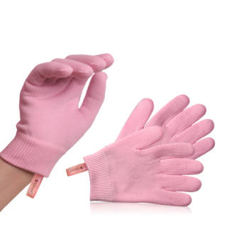 Hydrating gloves